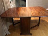 Antique mahogany gate leg table