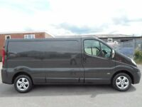 FINANCE ME!! NO VAT!! Vauxhall Vivaro 2.0CDTi lwb panel van with FSH in mindnight black!!