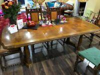 Lovely family veneer dining table