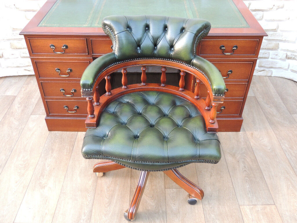 Directors Chesterfield Captains set desk with chair (Delivery)