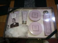 GOK WAN PURELY YOURS GIFT SET