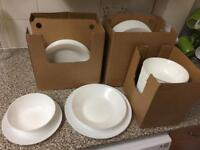NEW 80PC PORCELAIN DINNER SET