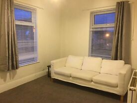 2 Bedroom 1st Floor Flat - fantastic location - must see - Available Immediatly