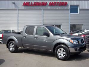 2009 Nissan Frontier SE 4X4 / CREW CAB / A MUST SEE!!