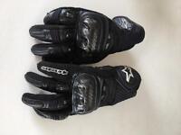 Alpinestars Air-GP carbon reinforced gloves. Medium, as new condition.