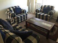 3 piece suite excellent condition, smoke/pet free home