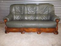 Green Leather 3-1-1 Oak Frame Suite (Sofa)