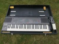 Casio CT-360 Electric organ with case
