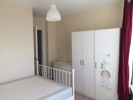 For Rent: Double room in a nice new flat - Central Woking