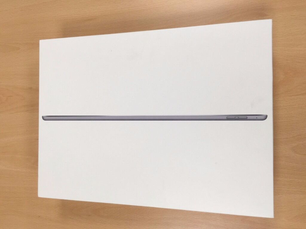 "Apple Ipad Pro 12.9128GBSpace Grey Bundlein Chapel Allerton, West YorkshireGumtree - Apple Ipad Pro 12.9"" (128GB) Space Grey Bundle What you get 1 x Apple Ipad Pro 12.9"", 128GB, Wifi Space Grey 1 x Apple Ipad Pro 12.9"" Case 1 x Glass Screen Protector (Installed) All in EXCELLENT condition (looks new). Comes in all its original..."
