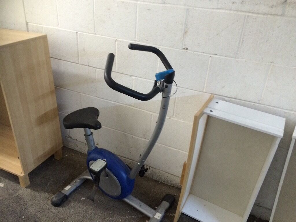 Manual fitness bike for sale, cycle reader and speed controlin Epsom, SurreyGumtree - Fitness bike for sale, good condition, cycle mile reader and speed control included. Manual, buyer collects