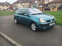 Renault Clio full service long mot tax hpi clear