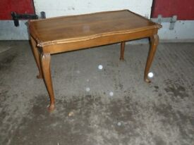 Queen Ann Style Coffee Table Delivery Available Aw035
