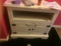 White painted wooden tv stand free to collector