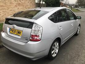 Toyota Prius 2008 Model 5 door,Long MOT£10 Tax(T Spirit with Satellite Navigation & Reverse Camera)