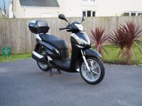 Honda SH300i Scooter, low mileage, just serviced