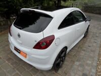 Vauxhall Corsa d 3 door breaking parts white