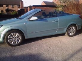 Vauxhall Astra twintop sport 2009