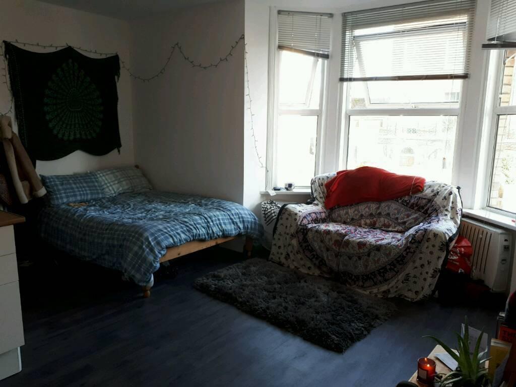 Studio flat to Rent in Exeter!