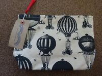 New Tagged Chase and Wonder Wash Bag RRP £24.99 Only £5 bathroom ideal gift