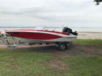 Glastron GT 160 special edition speedboat