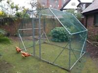 Outdoor run , chickens, dogs or rabbits
