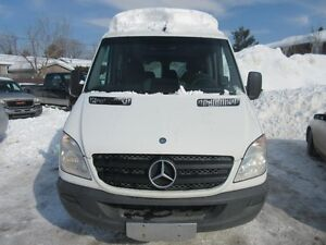 2010 Mercedes-Benz Fourgons Passagers Sprinter V6 DIESEL (8 Pass