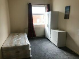 BEDSITS AVAILABLE, SMETHWICK, BILLS + WIFI INC,FURNISHED DSS ACCEPTED!!