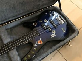 Ibanez Gio SoundGear N427 Mikro 4-String Solid Body Electric Bass Guitar + Hard Case