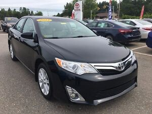 2012 Toyota Camry XLE with Leather!