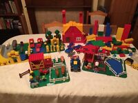 Lego Duplo large collection, including farm and zoo sets