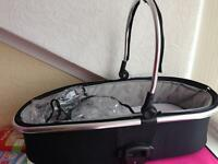 Oyster 2 carrycot & raincover plus adapters
