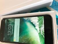IPhone 6 unlocked 64gb ( immaculate condition)