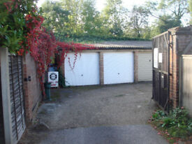 Dry, secure garage unit for rent in Sheen, SW London SW14 7HN