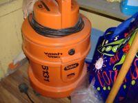 6131 vax wet/dry carpet/car cleaner