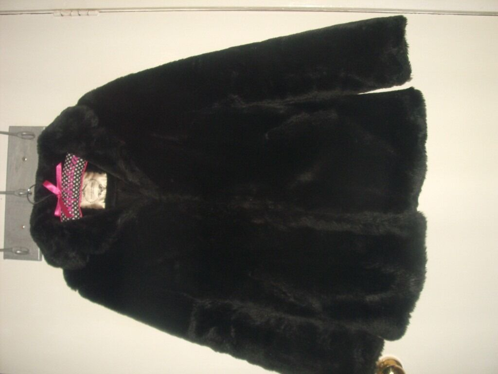LADIES NEW LOOK BLACK FAUX FUR JACKET SIZE 12.SEE PICS.