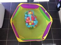 Ball pit with a bag of 100 balls
