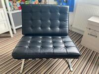 Barcelona chair Real Leather. 1yr old never sat in! Cost £500