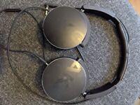 AKG Y50 Headphones in Black
