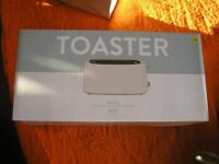 NEW BOXED 4 SLICE TOASTER