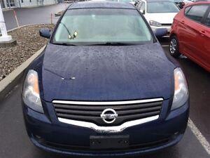 2009 Nissan Altima 2.5 SL tout équipé, toit, air,mag