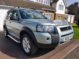 Landrover Freelander 2006 met silver 75k miles lady owner drives lovely as it should excellent cond
