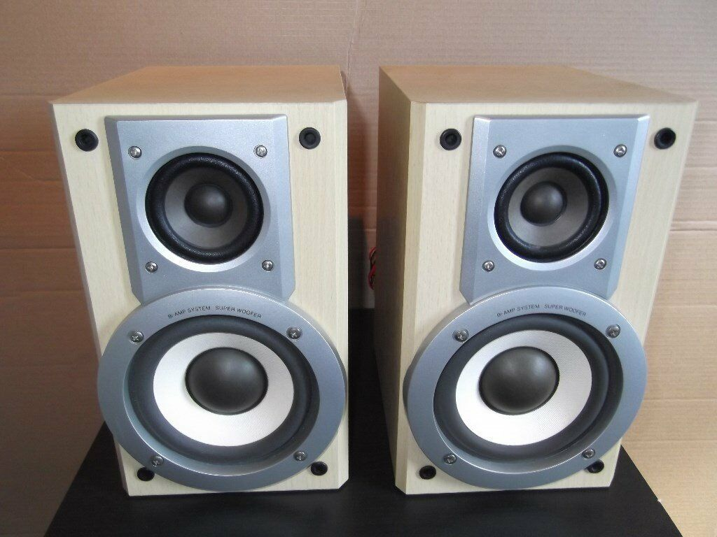 Panasonic SB PM30 Bookshelf Stereo Speakers 30w