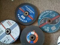 """9"""" metal cutting disks for angle grinder, twenty five, $1 each, or $15 the lot, pick up only ,"""