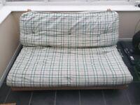 Futon (double bed size)