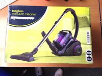BAGLESS CYLINDER VACUUM CLEANER CARPET PET COMPACT HOOVER 700W £25 (NO OFFERS)