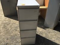 Used 4 draw filing cabinet - Grey