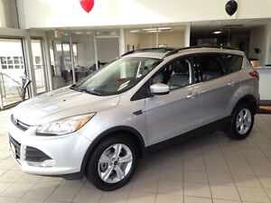 2015 Ford Escape SE| 4WD| SYNC| SUNROOF| BACKUP CAM| 43,127KMS Kitchener / Waterloo Kitchener Area image 3