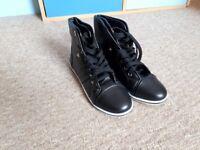Shoes black Truffle Size 6