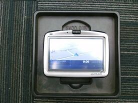 TOMTOM GO 910 sat nav with bluetooth etc.